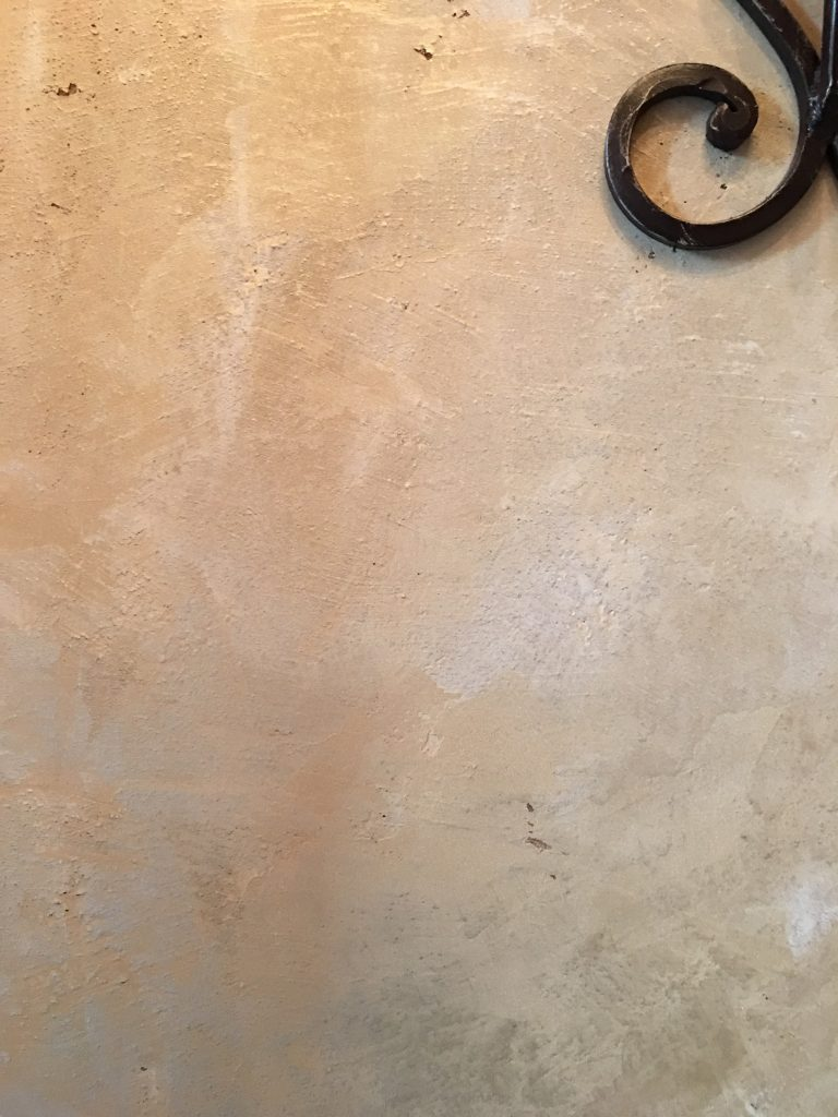 Stone wall finish - Plaster Wall Finish - Faux Wall finish - contemporary finish - Bath wall finish