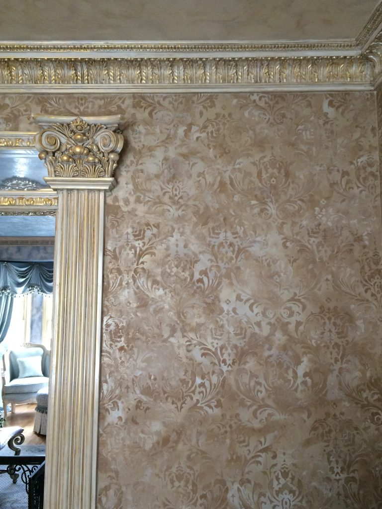 Metallic Plaster - Gold Accents- Glazed ceiling -Glazed Molding